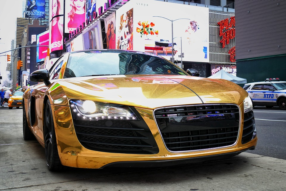 Miwhip will be using a fleet of golden vehicles, like the one pictured.