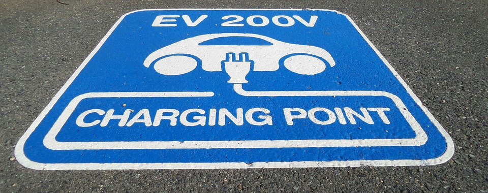 Fleets Aren't On Target To Reach Their EV Goals...