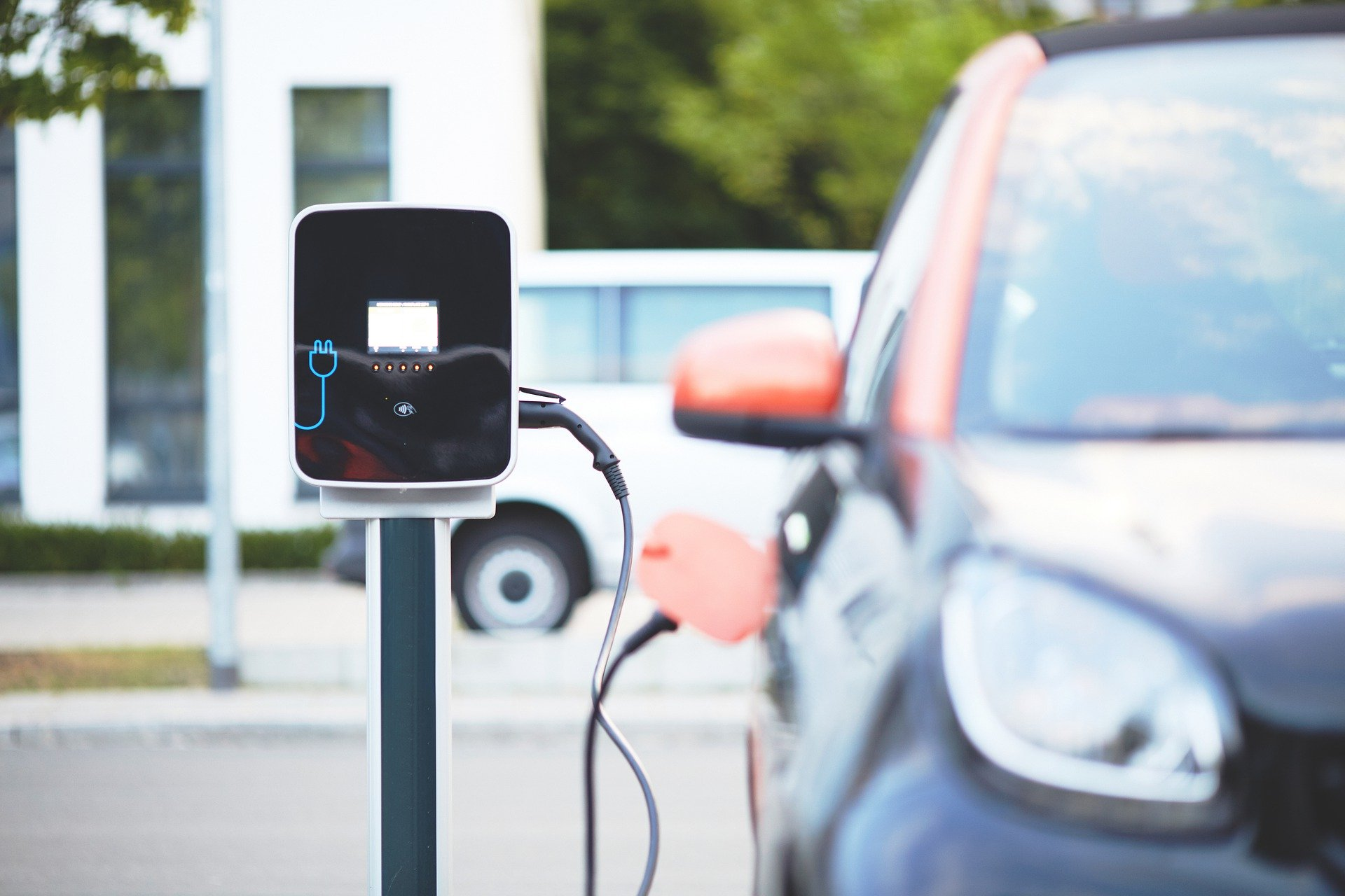 Consumers See The 'Appeal' Of Low-Emission Fleets