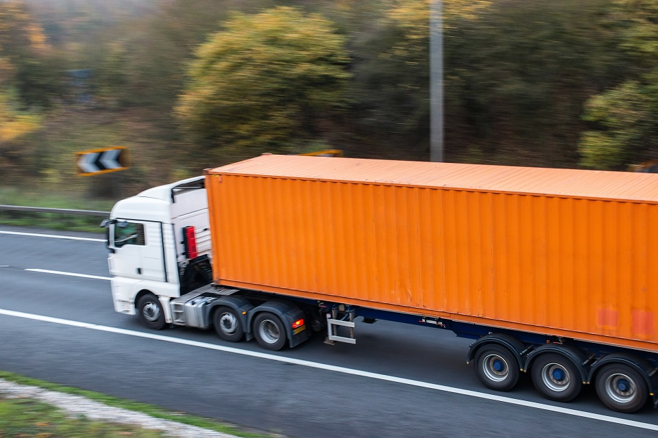 UK Trucks To Become Longer And Greener Under New Rules